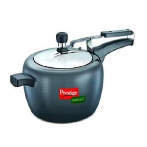 10 Best Pressure Cookers In India 31